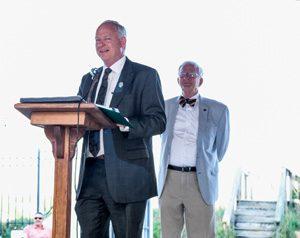 Jacksonville City Council President Aaron Bowman introduces event honoree Jacksonville City Councilman Bill Guilliford.